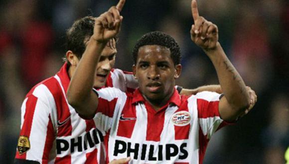 Farfán fue saludado por PSV. (Foto: Agencias)