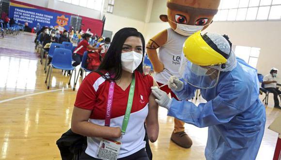 Paratletas se vacunaron contra COVID-19 en la Videna. (Legado Lima 2019)