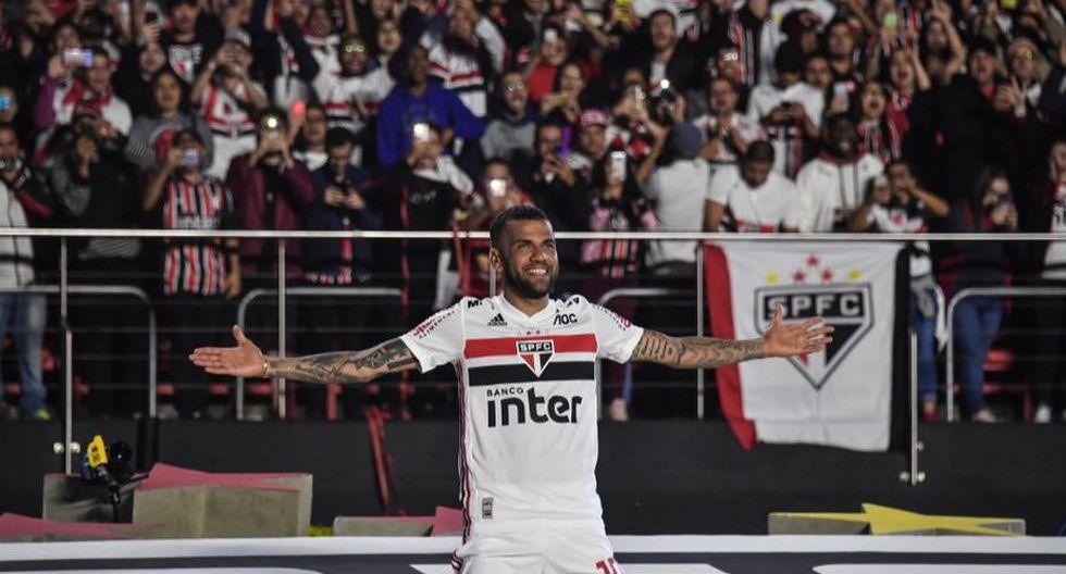 Dani Alves llegó al Sao Paulo tras su paso por el Barcelona, Juventus y PSG. (AFP)