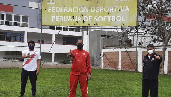 Seleccionados de softbol pasaron exámenes biomédicos para retornar a la Videna. (Softbol Perú)