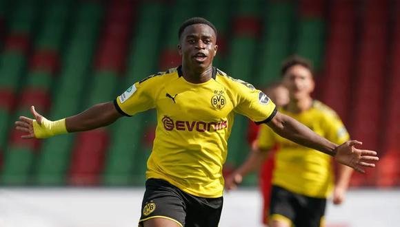 Youssoufa Moukoko nació en Camerún, pero juega con la Sub 19 de Alemania.