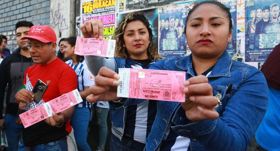 Los hinchas de Alianza Lima que no ingresaron al partido ante Sporting Cristal pueden recuperar su dinero. (USI)