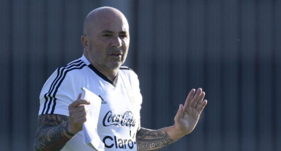 Jorge Sampaoli cobró más de 3 millones de dólares anuales cuando estuvo al frente de Chile. (Foto: AFP)