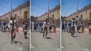 'Machín' alienta a Alianza Lima bailando junto a niños