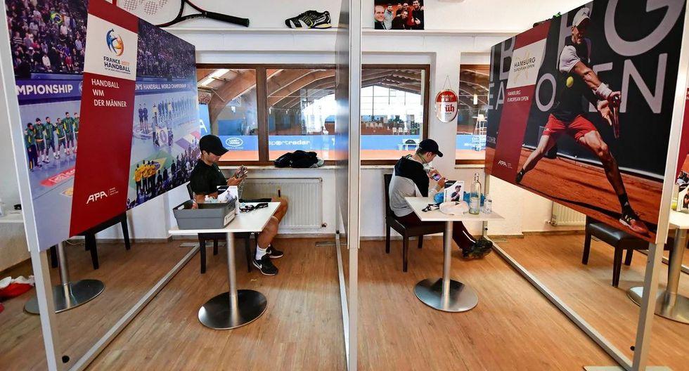 Cada tenista tiene su espacio exclusivo para cada encuentro. (Foto: AFP)
