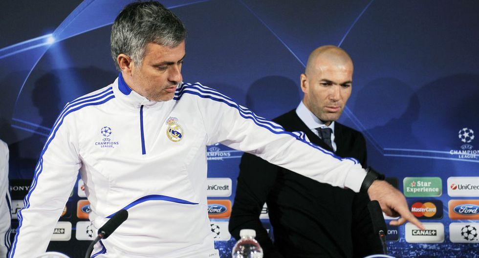 José Mourinho y Zinedine Zidane coincidieron en el Real Madrid cuando el francés entrenaba a la filial. (Foto: AFP)