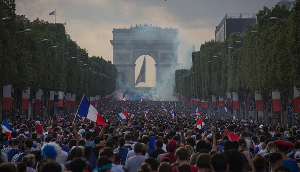 Los 'Bleus' inician el regreso a Francia, que espera a sus héroes. (Fotos: Getty)