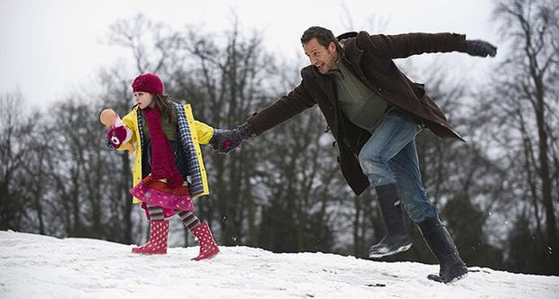 Two families meet at a luxury English estate at the end of December.  Elaine (Eva Birthistle) and her sister, Chloe (Rachel Shelley), along with their husbands and children, are ready for a weekend of family bonding and winter fun (Photo: Rotten Tomatoes)