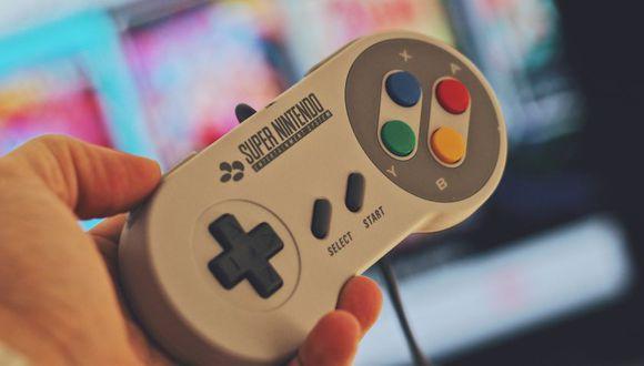 La consola japonesa SNES trajo unos clásicos inolvidables al Perú (Foto: Pexels)