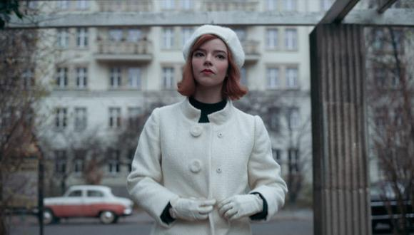 Beth Harmon destacó por su vestimenta a lo largo de la trama y el último episodio no podía ser la excepción. (Foto: Netflix)