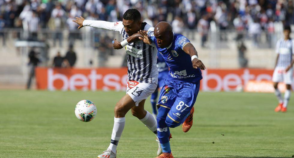 Deportivo Binacional venció 4-1 a Alianza Lima en el compromiso ida que se disputó en el estadio Guillermo Briceño Rosamedina de Juliaca. (Foto: Jesús Saucedo Olortegui / GEC)