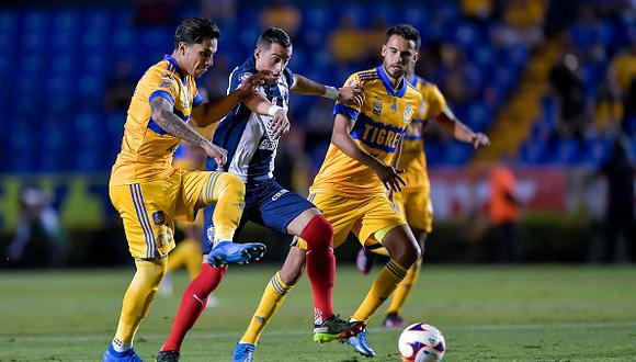 Tigres vs. Monterrey se midieron este sábado por la jornada 16 de la Liga MX 2021 (Foto: Getty Images)