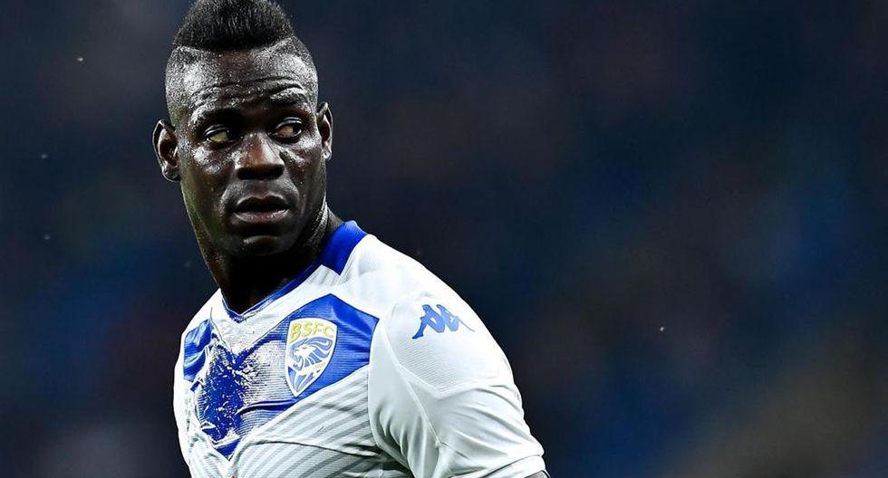 Mario Balotelli ha sido acusado de destrozar el equipo de un fotógrafo en el estadio Luigi Ferraris tras la derrota del Brescia ante Genoa (3-1).