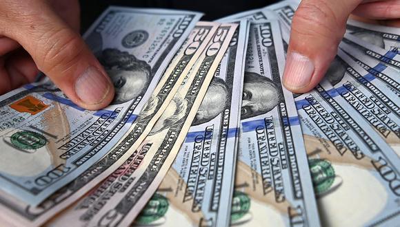 El precio del dólar llegaba a 20,8 pesos en México este jueves. (Foto: AFP)