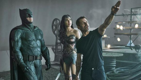 """Zack Snyder dirigiendo """"Justice League"""" (Foto: Warner Bros)"""