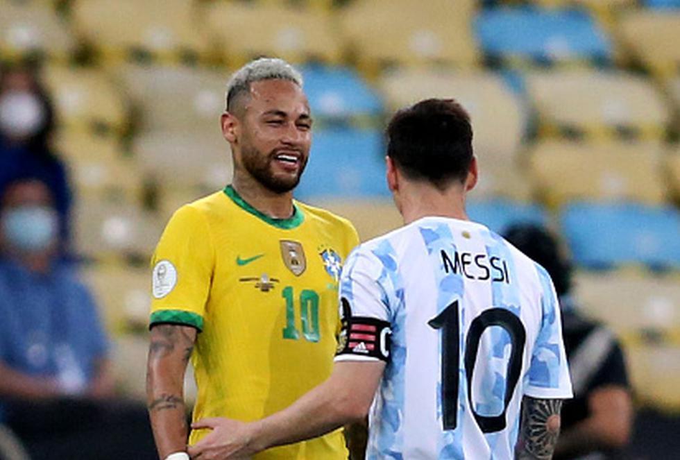El próximo XI del PSG con Lionel Messi, Neymar y Mbappé.