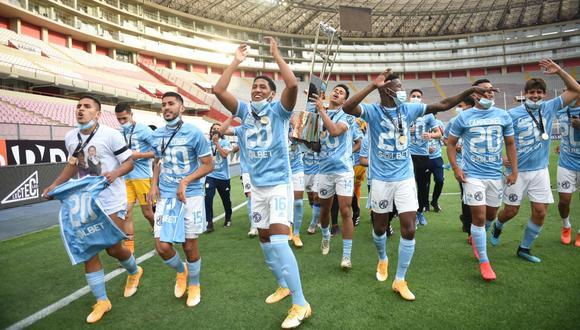 Sporting Cristal ya conoce su indumentaria para 2021 (Foto: Liga 1)
