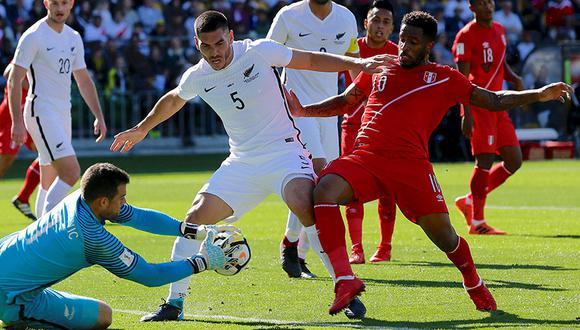 Perú vs. Nueva Zelanda: la asombrosa superioridad bicolor reflejada en números. (Reuters)