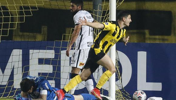 Peñarol pasó por encima a Corinthians. (Foto: Conmebol)