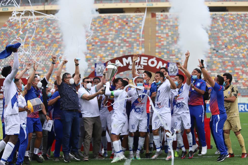 Los sullaneros lograron consagrarse campeones de la Liga 2 2020. (Foto: @LigaFutProf)