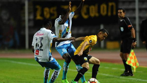 Táchira se medirá con Santa Fe en la segunda fase de la Copa Libertadores 2018. (AFP)