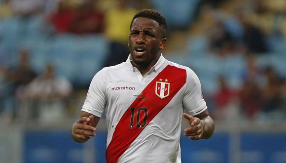 Jefferson Farfán dejó la concentración de la selección peruana en Sao Paulo. (Foto: AFP)