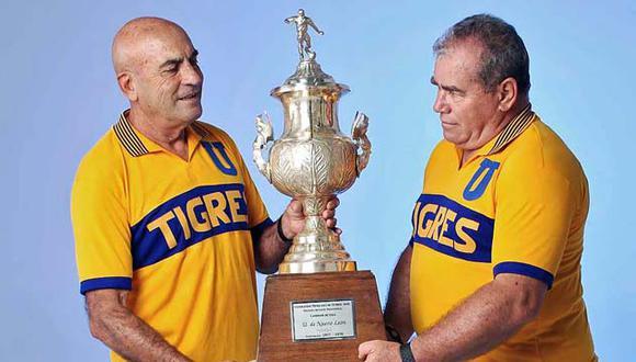 Roberto Gadea (derecha) era un recio defensor que prefirió jugar en Tigres antes que en Cruz Azul. (Foto: Twitter Club Tigres)