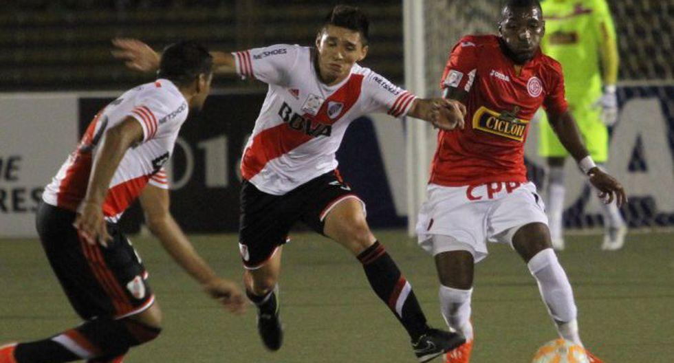 Juan Aurich y River Plate, defensor del título de la Recopa, empataron a un gol en Chiclayo en la Copa Libertadores 2015. (Violeta Ayasta)