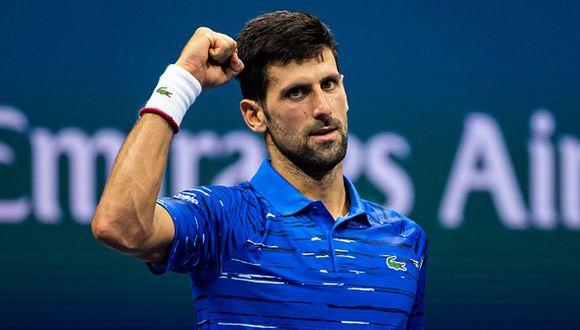 Novak Djokovic se tuvo que retirar del US Open por un fuerte malestar en el hombro. (Foto: Getty Images)