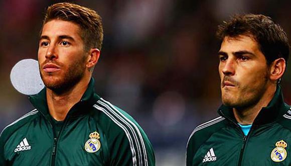 Iker Casillas y Sergio Ramos jugaron 10 temporadas juntos en el Real Madrid. (Foto: AFP)