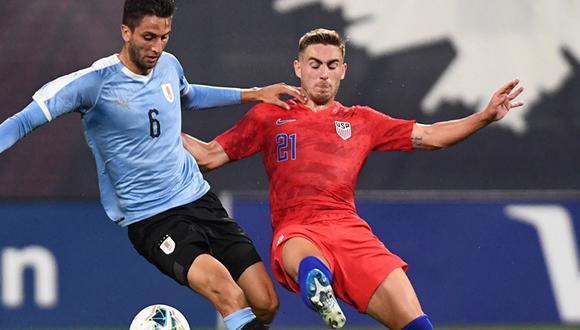 Uruguay y Estados Unidos se enfrentaron en partido de preparación para lo que serán las Eliminatorias Sudamericanas y Norteamericanas. (Foto: AFP)