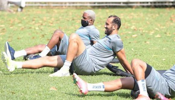 Barcos se refirió al rol ofensivo con Farfán. (Foto: Prensa AL)