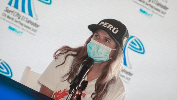 Sofía Mulanovich quedó tercera en la segunda serie de repechaje en el Mundial ISA 2021. (Foto: Twitter)
