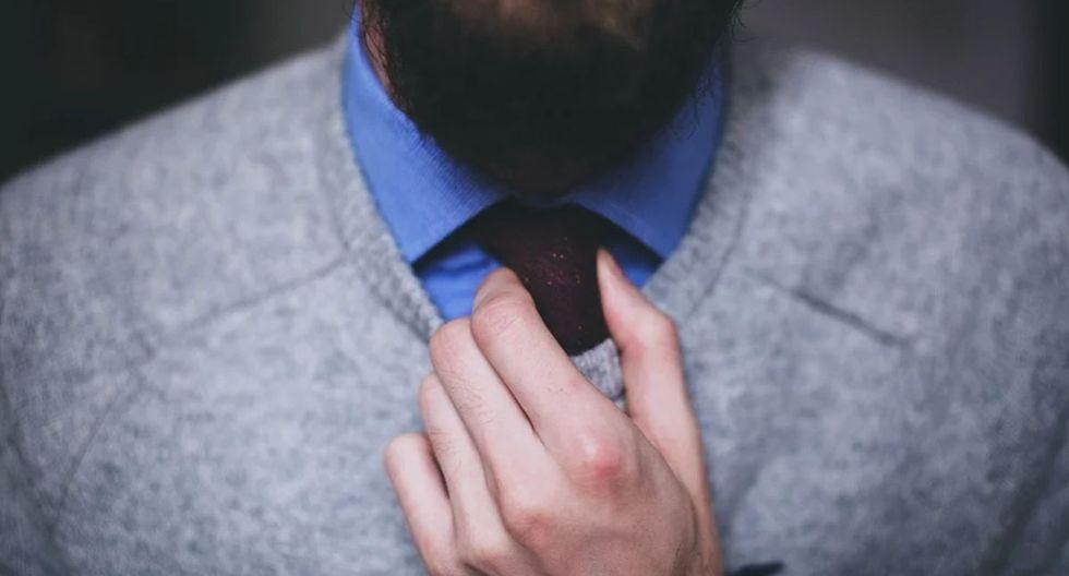 Un hombre de Estados Unidos luce una barba más corta sin haber utilizado una tijera o una máquina de afeitar. (Pixabay)