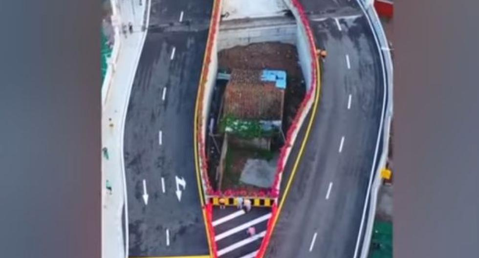 Ciudadana china se negó a vender su casa y ahora vive en medio de una autopista. (Fotos: South China Morning Post)