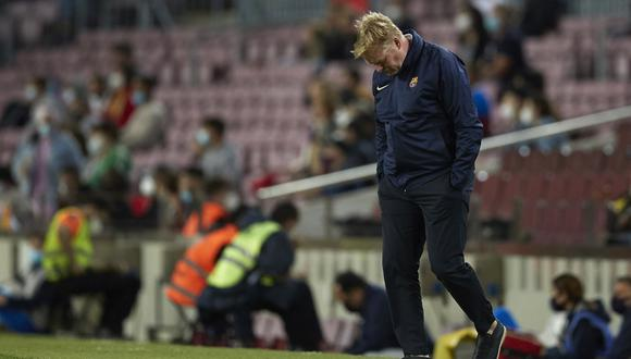 Ronald Koeman vive una de sus etapas más críticas al mando del Barcelona (Foto: EFE)