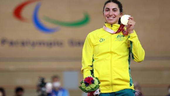 Ciclista australiana ganó la primera medalla de oro en los Juegos Paralímpicos de Tokio 2020. (Getty Images)