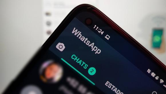 De esta manera podrás cerrar sesión en todos los dispositivos donde has abierto WhatsApp. (Foto: Xataka)