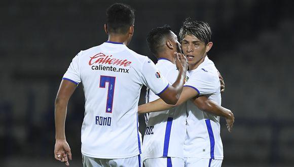Cruz Azul goleó 4-1 a América con Yotún de titular. (Foto: Agencias)