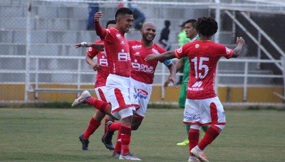 Cienciano se juega la chance de volver a Primera enfrentando a su perseguidor Santos FC en Cusco. (Foto: Cienciano)