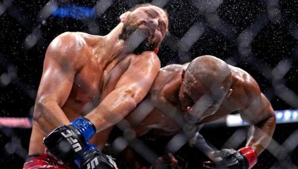 Jorge Masvidal elogió a Kamaru Usman tras noquearlo en el UFC 261. (MMA Junkie)