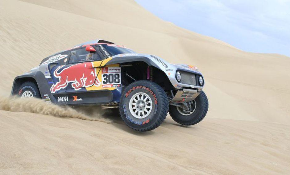 Carlos Sainz es el vigente ganador del Dakar en coches. (EFE)