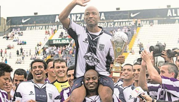 Waldir Sáenz fue campeón con Alianza Lima en 1997, 2001, 2003 y 2004 (Foto; DIFUSIÓN)