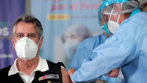 Presidente Sagasti recibe la segunda dosis de Sinopharm. (Foto: Minsa)