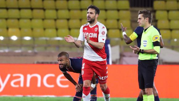Cesc Fábregas anotó el 3-2 de Mónaco ante PSG a los 84 minutos. (Foto: AFP)