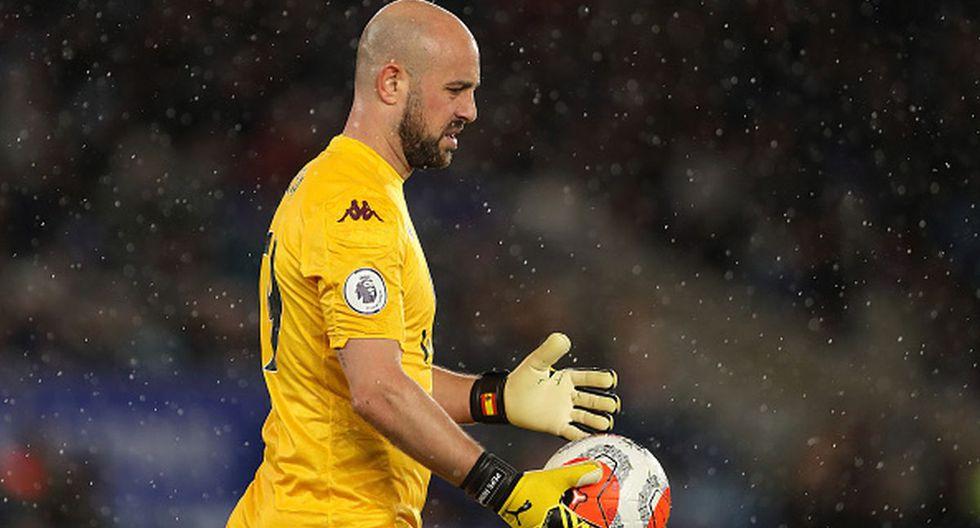 Pepe Reina dejaría Aston Villa para firmar en el corto plazo por PSG. (Foto: Getty Images)