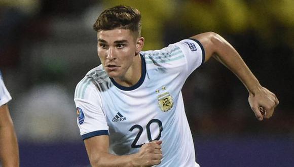 Julián Álvarez se estrenó con la selección mayor de Argentina el pasado 3 de junio, ante Chile. (Foto: AFP)