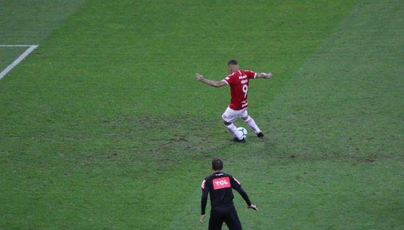 ¡Pero qué hiciste, Paolo! 'Depredador' falló penal que pudo ser la victoria de Inter por el Brasileirao