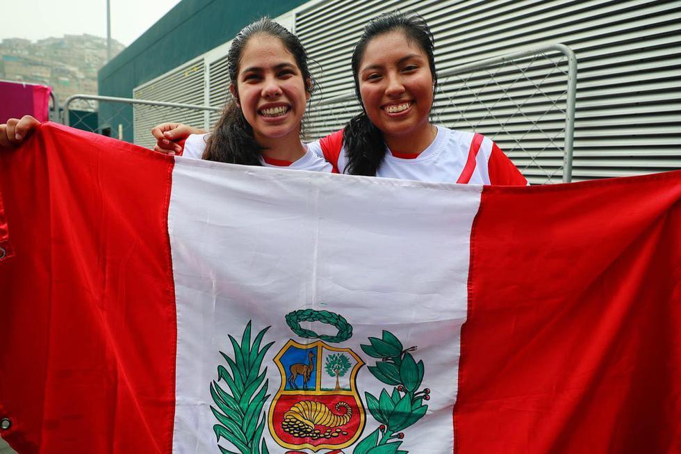 Nathaly Paredes y Mía Rodríguez ganaron el bronce en Frontenis en Lima 2019. (Fotos: Daniel Apuy - GEC)