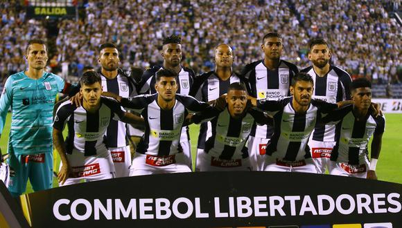 El choque entre Racing y Alianza Lima se jugará sin público para evitar el contagio del coronavirus (Foto: Agencia)